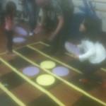 Na rua ou no Ginásio, jogos de tabuliro são sempre divertidos!